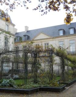 St. Gilles Garden 4