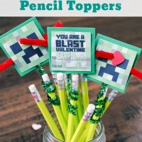 Minecraft Creeper Pencil Toppers Valentines {FREE Printable} {Video}