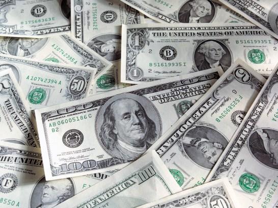 dolari pare