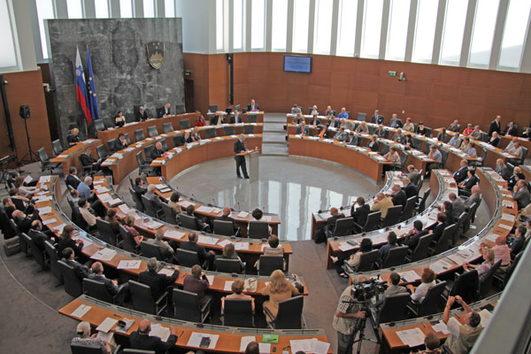 slovenija-parlament