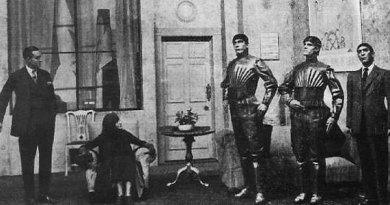 Capek's play: Rossum's Universal Robots (1920)
