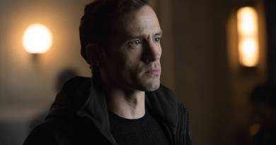 GOTHAM: Guest star Nathan Darrow in the ÒÒRise of the Villains: Mr. FreezeÓ  winter premiere episode of of GOTHAM airing Monday, Feb. 29 (8:00-9:01 PM ET/PT) on FOX.  ©2016 Fox Broadcasting Co. Cr: Jessica Miglio/ FOX