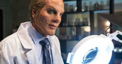 "GRIMM -- ""Skin Deep"" Episode 515 -- Pictured: Patrick Fabian as Dr. Eugene Forbes -- (Photo by: Scott Green/NBC)"