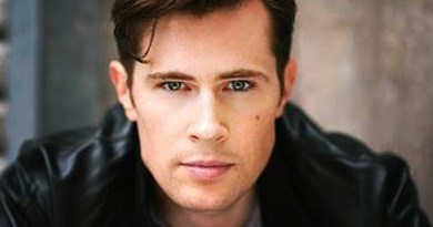 OUTLANDER Cast Adds David Berry as Lord John Grey