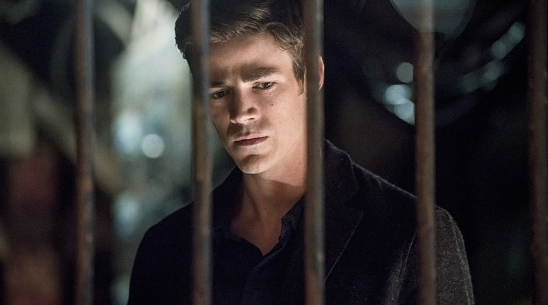 """The Flash -- """"Flashpoint """" -- Image: FLA301b_0039b.jpg -- Pictured: Grant Gustin as Barry Allen -- Photo: Katie Yu/The CW -- © 2016 The CW Network, LLC. All rights reserved."""