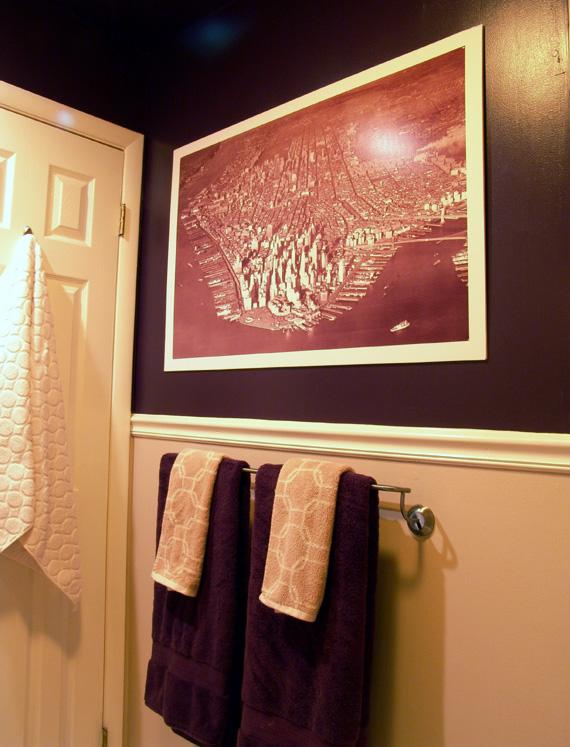 puple bathroom wall