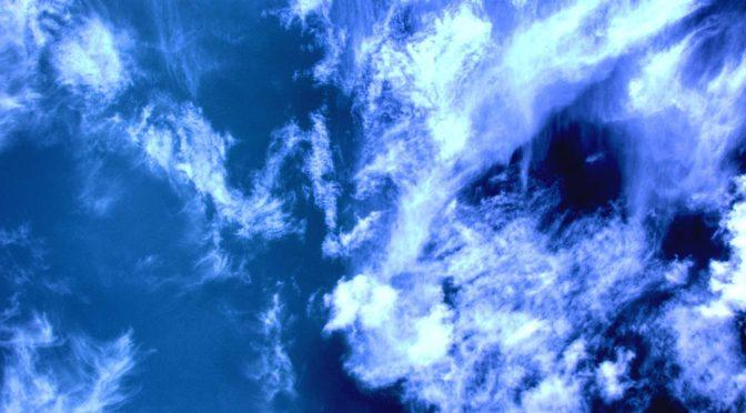mrgarris0n-sky-globe-clouds-disaster-recovery-it-computing-cloud-modern-resilience