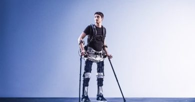 Phoenix Exoskeleton Helps with Mobility [Video]
