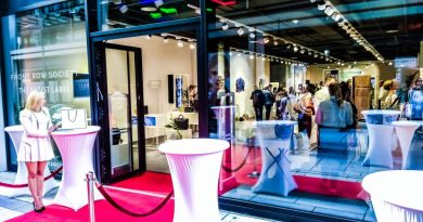 Fashion Startup Front Row Society Opens First Retail Store