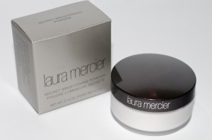 review Laura Mercier Secret Brightening Powder Laura Mercier