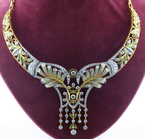 Medium Of Art Nouveau Jewelry