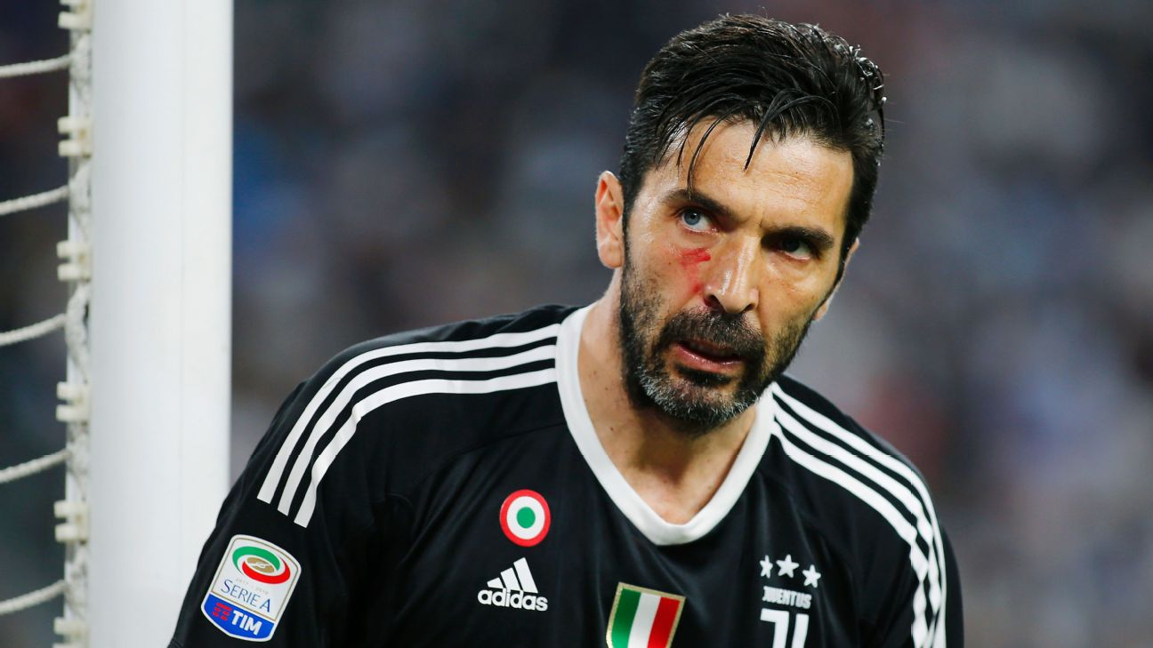 Juventus team in transition fighting for Italian soccer supremacy     The last days of Juventus