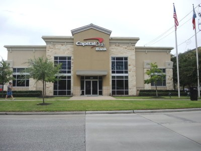 Capital One Bank in Houston, TX - (713) 435-7...