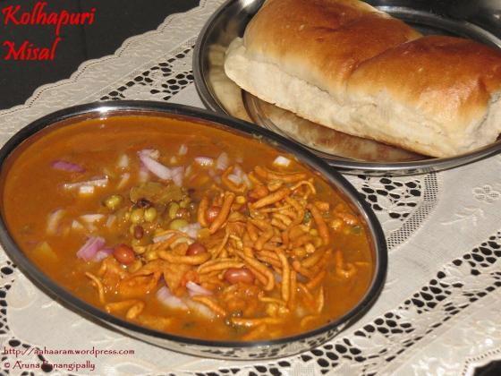 Kolhapuri Misal – Mumbai Street Food – Sprouts in a Super Spicy Gravy