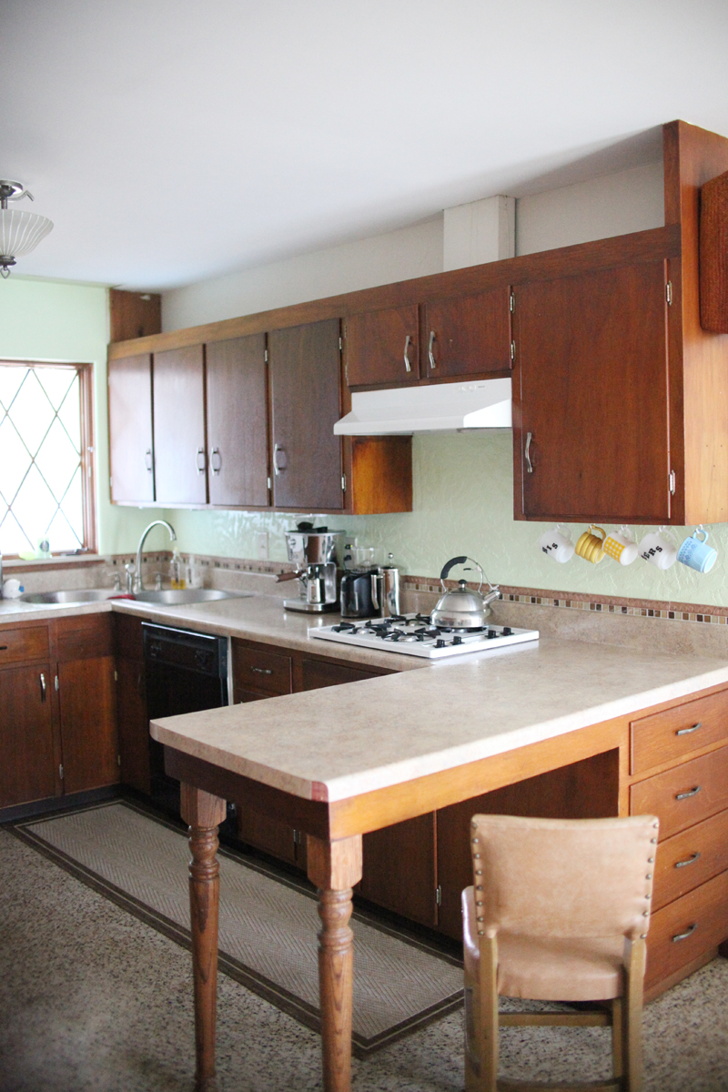 refinishing kitchen cabinets refinish kitchen cabinets CRefinishing kitchen cabinets the right way