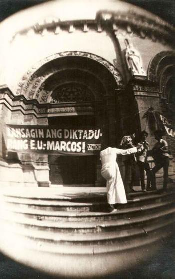 martial law photo