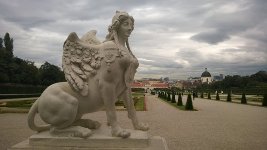 belvedere palace grounds