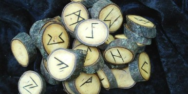 odin-runes