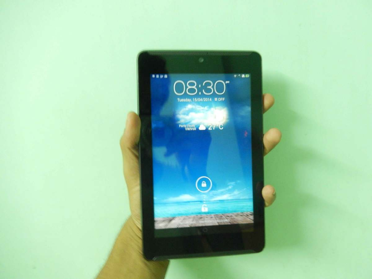 Asus FonePad 7 Review ME372CG (In-Depth Review)