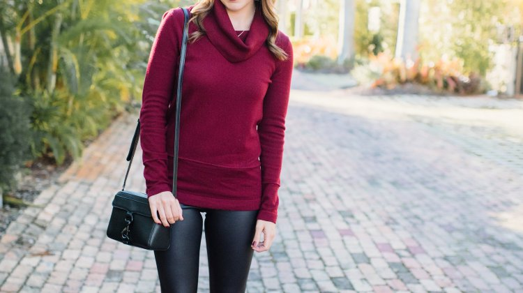 Holiday Outfit x Leather Leggings