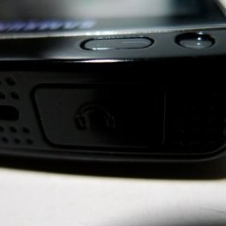 Samsung OMNIA HD Hands On: It's a Nokia 5800!