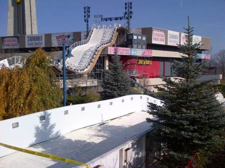 20121122 red bull crashed ice setup 04 450x337