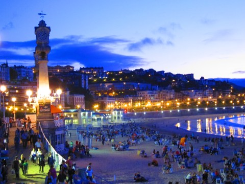 san sebastian city and la concha beach