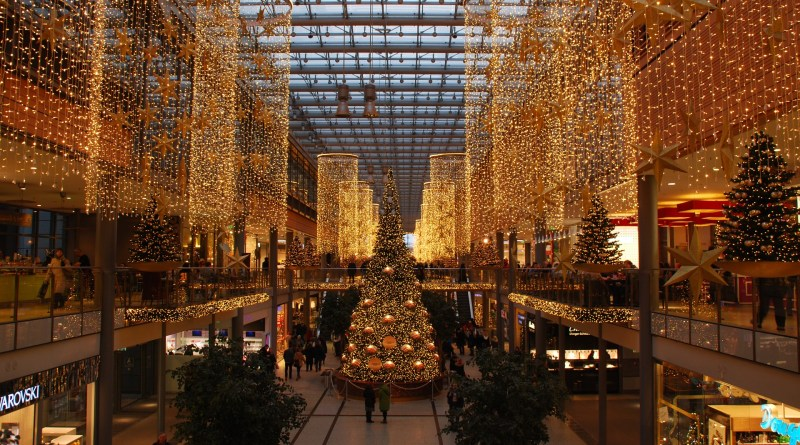 Christmas Shopping Tips For People Who Wish They Were Organised
