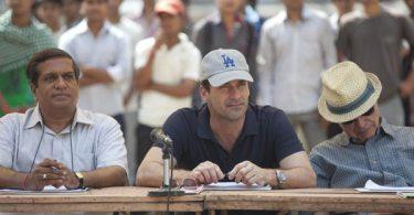 Vivek (Darshan Jariwala), Bernstein and Ray Poitevint  (Alan Arkin)