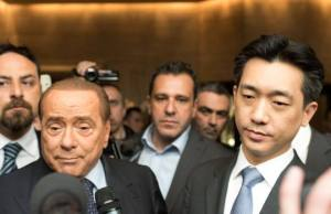 Silvio-Berlusconi-Mr.-Bee-Taechaubol