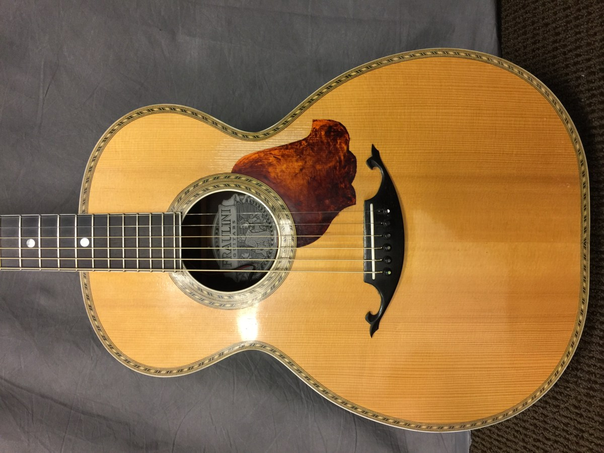 Fingerstyle great Mary Flower plays a Fraulini Angelina, a model Cambio designed for her.