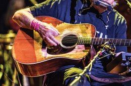 Neil Young performing with Hank Williams' 1941 D-28. Jay Blakesberg photo