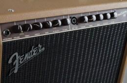 Fender.acoustisonic