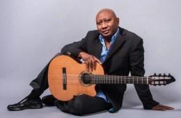 ron jackson acoustic guitar magazine instructor