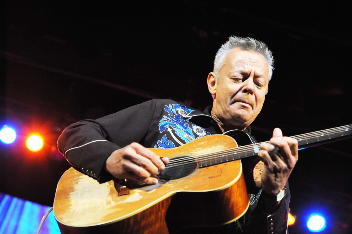 Acoustic guitar sessions present tommy emmanuel acoustic guitar hexwebz Image collections