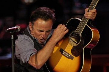 bruce-springsteen-acoustic