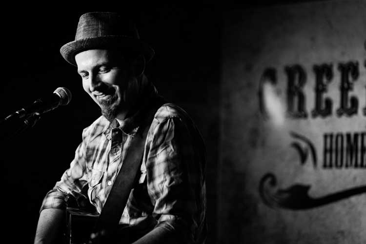 Lesson: Folk-rock Songwriter Peter Mulvey Explains How to Create a ...