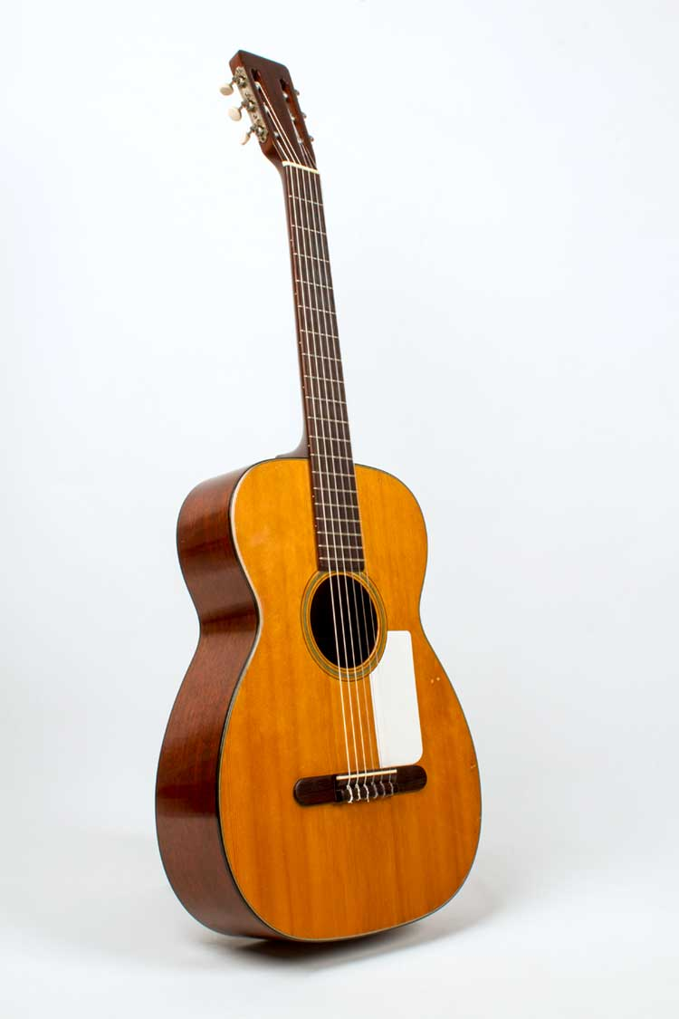 1958-Martin-00-18G