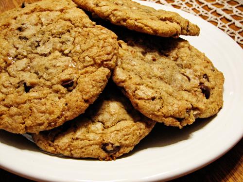 choc-toffee-pecan-cookie-2
