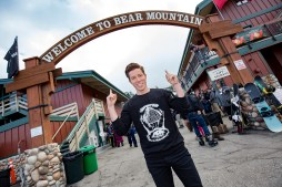 Shaun White Buys Stake in Bear Mountain & Snow Summit