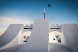 Highlights of the Week at Suzuki Nine Knights – The Perfect Hip – 2016