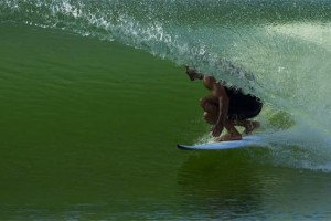 Watch Kelly Slater Surf His Wave Pool