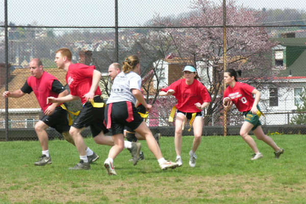 pittsburgh sports league adult coed flag football is played in pittsburgh pennsylvania