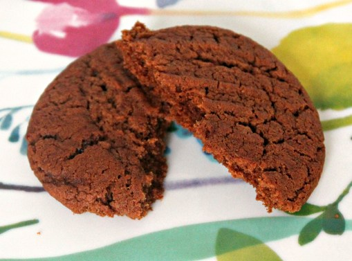 lower-sugar-chocolate-hazelnut-cookie