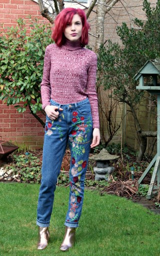 embroidered jeans from glamourous