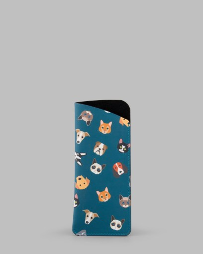 Four_Legged_Friends_Slim_Leather_Glasses_Case_a