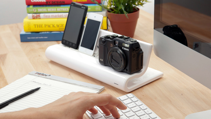 Keep your geek organized and charged with the Converge Rest & Recharge