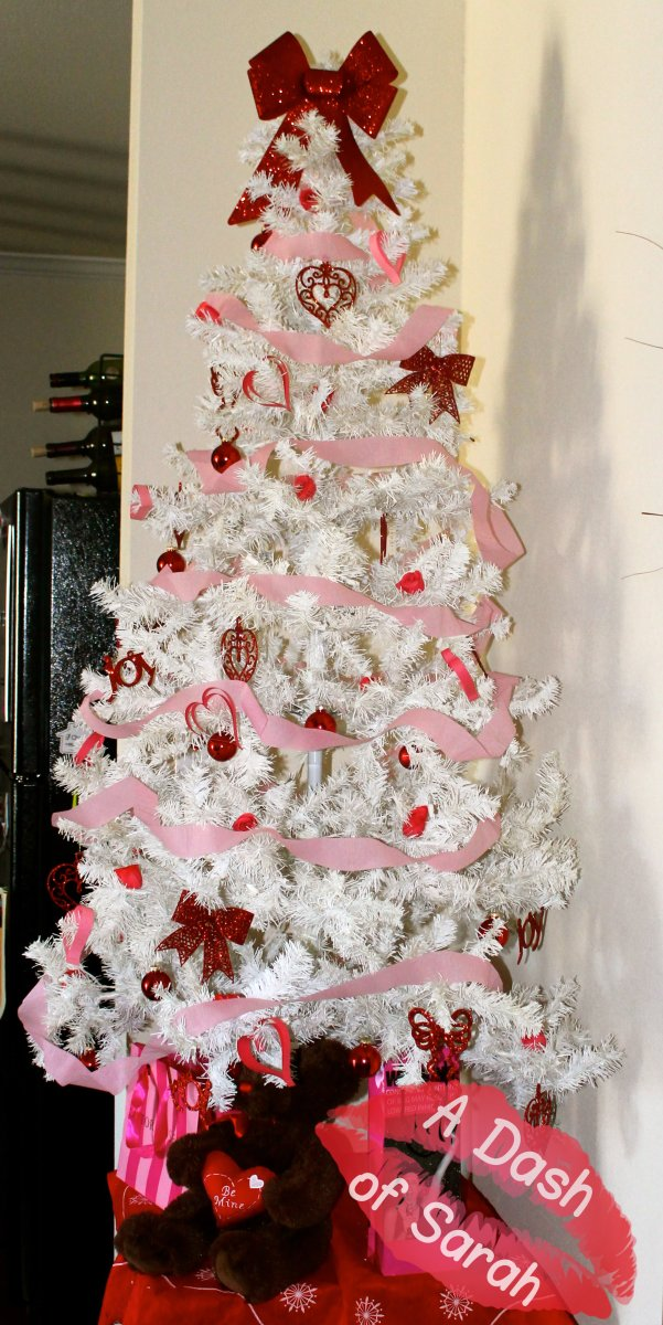Valentine's Day Decor - Valentine Tree