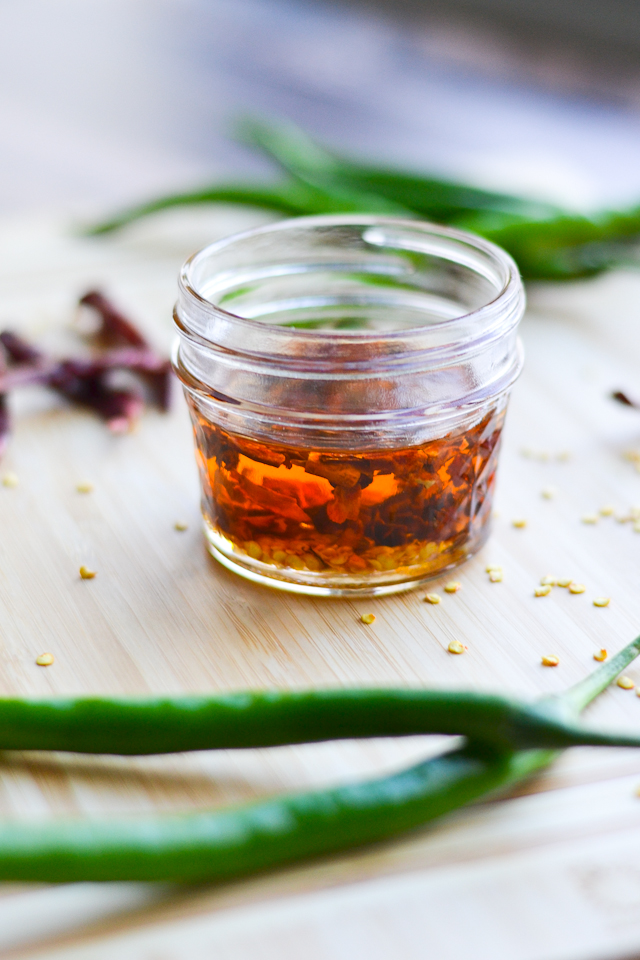 A super quick and easy recipe for homemade hot chili oil!