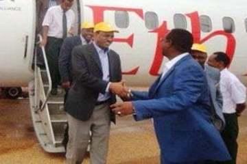 Somali Regional Chief Abdi Mahamoud Omar receiving the delegation led by DPM Demeke Mekonnen at Gode airport